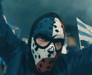 Niebieskie Chachary - Filmoteka Dojrzałego Człowieka